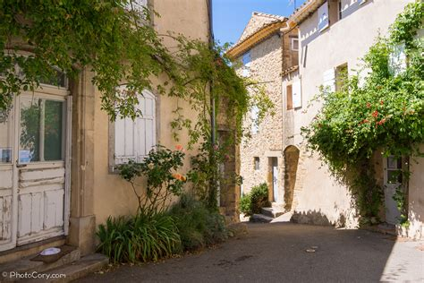 Villages of Provence – Bonnieux and Lourmarin | PhotoCory