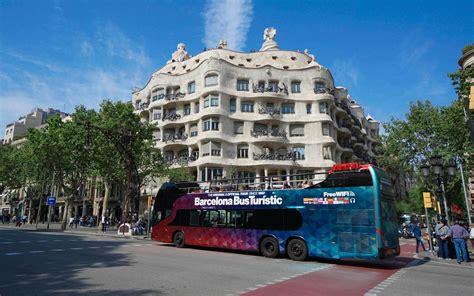 Visitare Barcellona con il BUS TURISTICO!