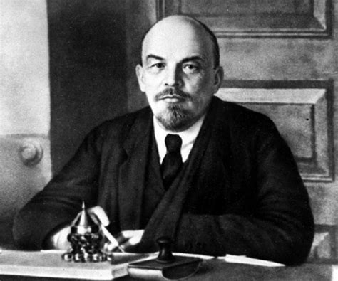 Vladimir Lenin Biography   Childhood, Life Achievements ...