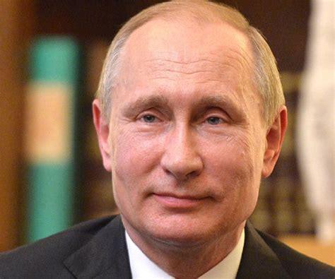 Vladimir Putin Biography   Facts, Childhood, Family Life ...