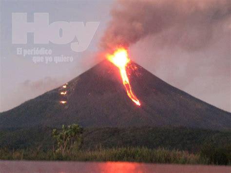 Volcán Momotombo en erupción   Periódico Hoy