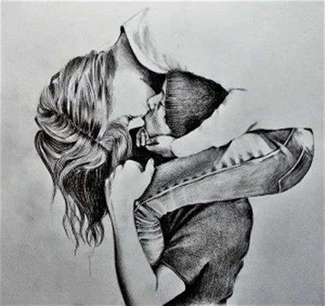 Wallpaper Dibujos De Enamorados Abrazados A Lapiz Pareja ...