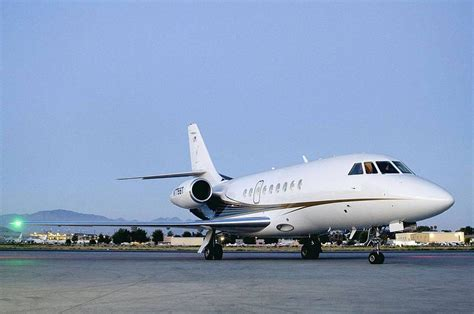 wallpapers: Falcon 2000 Aircraft Wallpapers