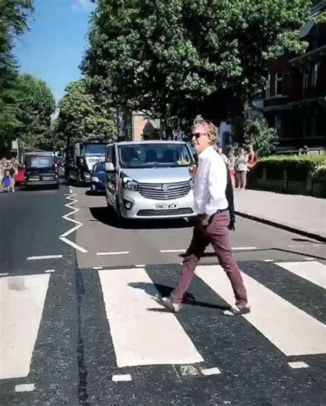 Watch Paul McCartney recreate the 'Abbey Road' album cover ...