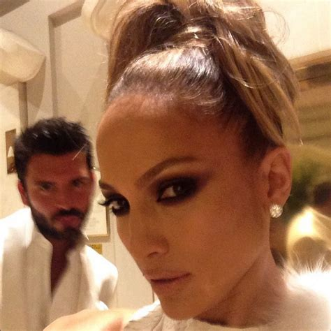 Welcome to Fab-Finder : How to Glow Like J.Lo—8 Secrets ...