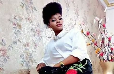 WELCOME TO LTBLOG 7: Ex bread seller Olajumoke rocks new look