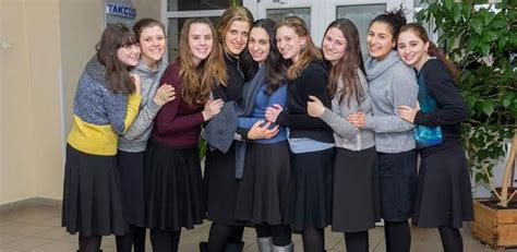 Welcome to MHS Girls Such a Wonderful Act of Chesed | Yad ...