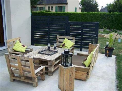 What's More Creative Than Patio Furniture Made Out of ...