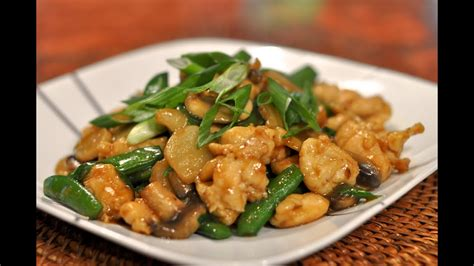 Wok Cooking Recipe for Moo Goo Gai Pan _ Stir-fried ...