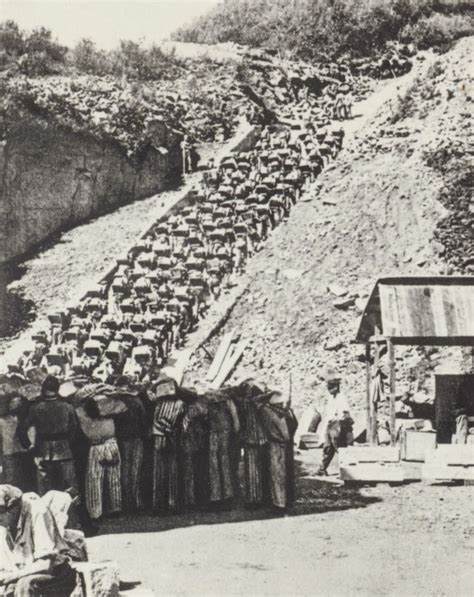 World War II in Pictures: Mauthausen, the Most Brutal ...
