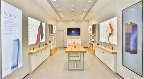 Xiaomi launches first Mi Home store in India