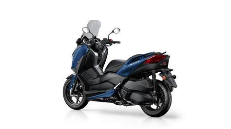 XMAX 300 2018   Scooters   Yamaha Motor UK