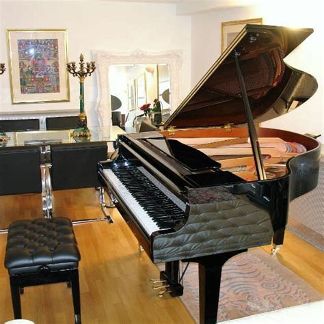 Yamaha GB1 Baby Grand Piano + free leather stool/bench ...