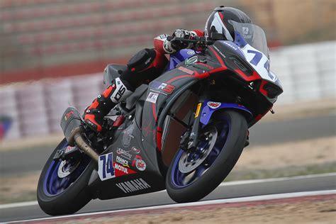 Yamaha R3 bLUcRU en Barcelona | Challenge Yamaha 2018