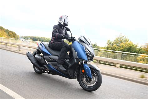 Yamaha XMAX 400: 'A maxi scooter without a maxi price tag ...