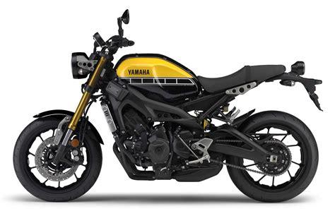 Yamaha XSR900 Adds to Yamaha's Sport-Heritage Range