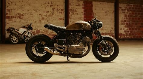 Yamaha XV750 caferacer with a story - Moto Adonis