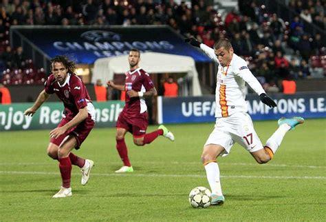 Yilmaz mete en la pelea al Galatasaray   MARCA.com