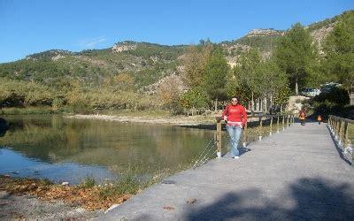 Yo con el río Mijares de fondo