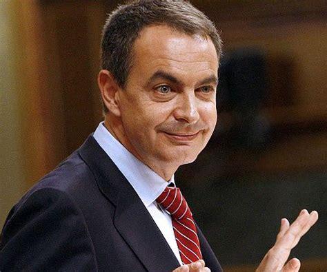 Zapatero paró la Ley Sinde por las reacciones en Internet