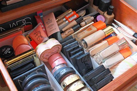 Zoella   Makeup Collection & Storage 2014