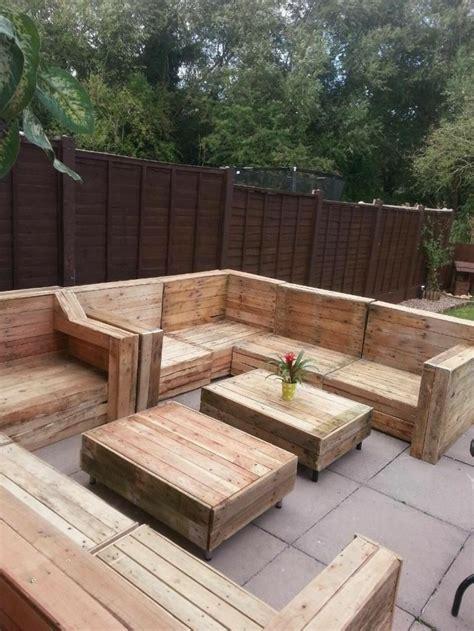 Zona chill out con palets en tu propio jardín o terraza